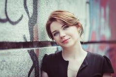 Mujer sonriente joven Fotografía de archivo
