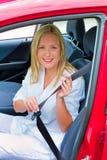 Mujer sujetada con cinta adhesiva y aspada encendido antes Foto de archivo libre de regalías