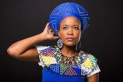 Mujer surafricana tradicional Imágenes de archivo libres de regalías