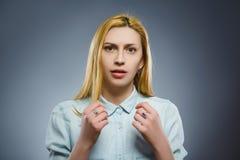Mujer triste del primer con la expresión subrayada preocupante de la cara Fotos de archivo libres de regalías