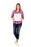 Mujer triste joven que sostiene la escala del peso Imagenes de archivo