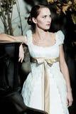 Mujer vestida como novia foto de archivo