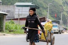 Mujer vietnamita en el norte de Vietnam Foto de archivo