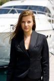 Mujer y barco foto de archivo libre de regalías