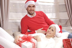 Mujer y hombre en la Navidad Imagen de archivo