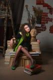 Mujer y libros Foto de archivo libre de regalías
