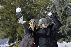 Mujer y muchacho del invierno Foto de archivo libre de regalías