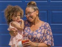 Mujer y niño Fotografía de archivo