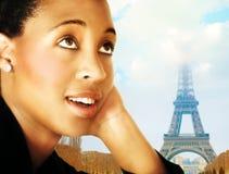 Mujer y París Imagen de archivo libre de regalías