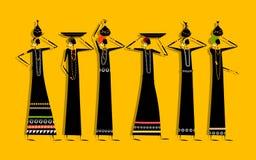 Mujeres étnicas con los jarros para su diseño Fotografía de archivo libre de regalías