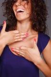 Mujeres bonitas de risa foto de archivo libre de regalías