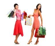 Mujeres de las compras Fotografía de archivo libre de regalías