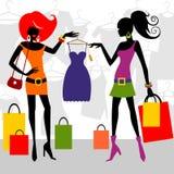 Mujeres de las compras de la manera Foto de archivo libre de regalías