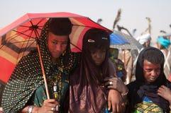 Mujeres de Wodaabe durante la curación Salee, Niger Imágenes de archivo libres de regalías