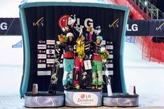 Mujeres del ganador en el mundial de la snowboard Fotos de archivo libres de regalías