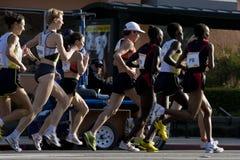 Mujeres del maratón del LA favorables Imagenes de archivo