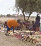 Mujeres del Masai en el mercado Imágenes de archivo libres de regalías