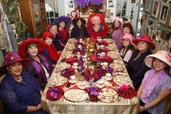 Mujeres del partido de té Fotos de archivo libres de regalías