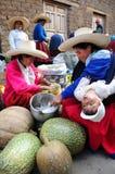 Mujeres en el mercado peruano Imagen de archivo libre de regalías