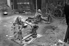 MUJERES INDIAS DE LA ALDEA Imagen de archivo libre de regalías
