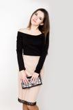 Mujeres jovenes hermosas del negocio de moda con los accesorios Imágenes de archivo libres de regalías