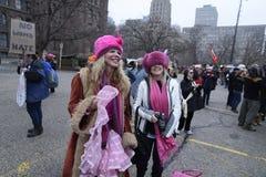 Mujeres marzo en Toronto Imagenes de archivo