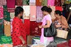 Mujeres mauricianas - escena del mercado Fotos de archivo libres de regalías