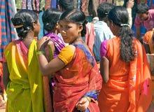 Mujeres tribales en el mercado Fotos de archivo libres de regalías