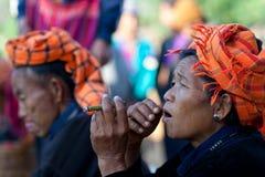 Mujeres tribales PA-o en el Estado de Shan, Myanmar Imagen de archivo libre de regalías