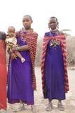 Mujeres y niño del Masai Fotos de archivo