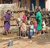 Mujeres y niños tribales Foto de archivo libre de regalías