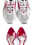 Mujeres y zapatos de los hombres Fotos de archivo libres de regalías