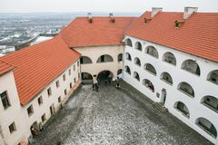 Mukacheve -乌克兰, 2016年1月07日:Palanok城堡XI世纪 库存照片
