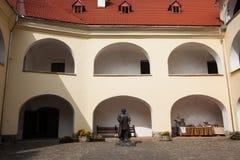 Mukacheve -乌克兰, 2009年9月29日:Palanok城堡XI世纪 库存图片