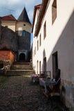 Mukacheve - Ukraina, JULI 26, 2009: Århundrade för Palanok slott XI Arkivbilder