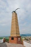 MUKACHEVO UKRAINA, KWIECIEŃ, - 11,2016: Statua Turul orła symbol Obrazy Royalty Free