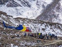 Muktinath, Νεπάλ - 17.2014 Μαρτίου: Επιχείρηση διάσωσης Νεπάλ Στοκ εικόνα με δικαίωμα ελεύθερης χρήσης