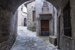 Mulazzo, старая деревня в Lunigiana стоковое фото
