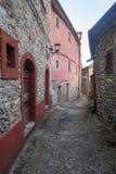 Mulazzo, старая деревня в Lunigiana Стоковая Фотография