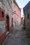 Mulazzo gammal by i Lunigiana arkivbild