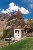 Mulbek Chamba y monasterio, Mulbek-Kargil, Ladakh, la India imágenes de archivo libres de regalías