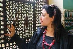 Mulher árabe - o Cairo, Egito imagem de stock
