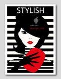 Mulher abstrata com boina e a embreagem vermelha em fundo listrado Projeto da capa de revista da forma ilustração stock