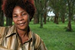 Mulher africana ao ar livre fotografia de stock royalty free