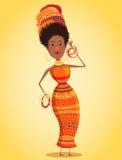 Mulher africana bonita dos desenhos animados no turbante e no traje tradicional com comprimento completo do ornamento geométrico  Imagens de Stock Royalty Free
