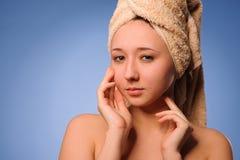 Mulher após o banho Imagens de Stock