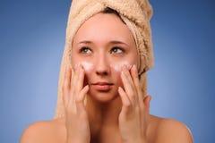 Mulher após o banho Fotografia de Stock