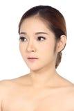 A mulher asiática após compõe nenhum retocar, cara fresca com acne foto de stock royalty free