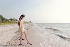 Mulher asiática bonita na praia Foto de Stock Royalty Free