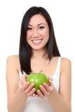 Mulher asiática com Apple imagem de stock royalty free